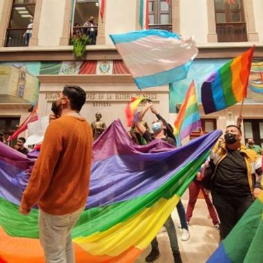 Posponen discusión de iniciativa sobre matrimonio igualitario en Durango