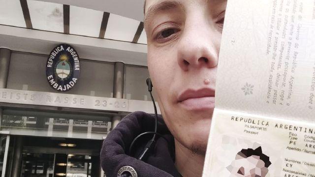 Argentina primer pasaporte no binario