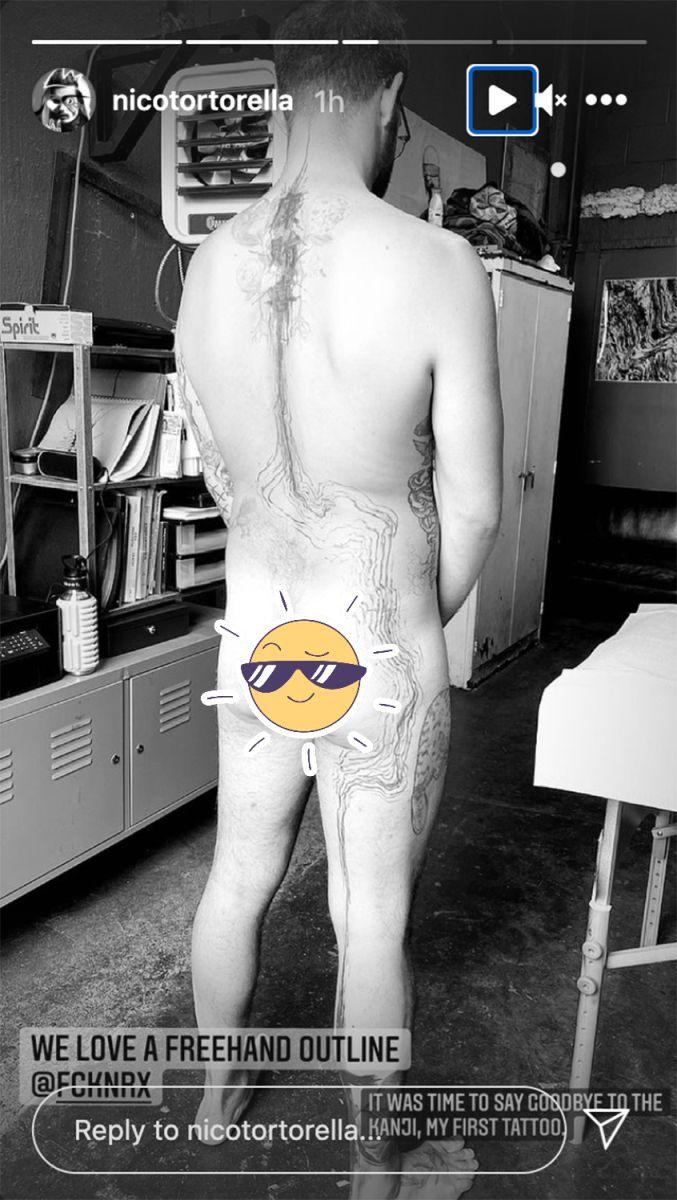 tatuaje cuerpo desnudo instastory