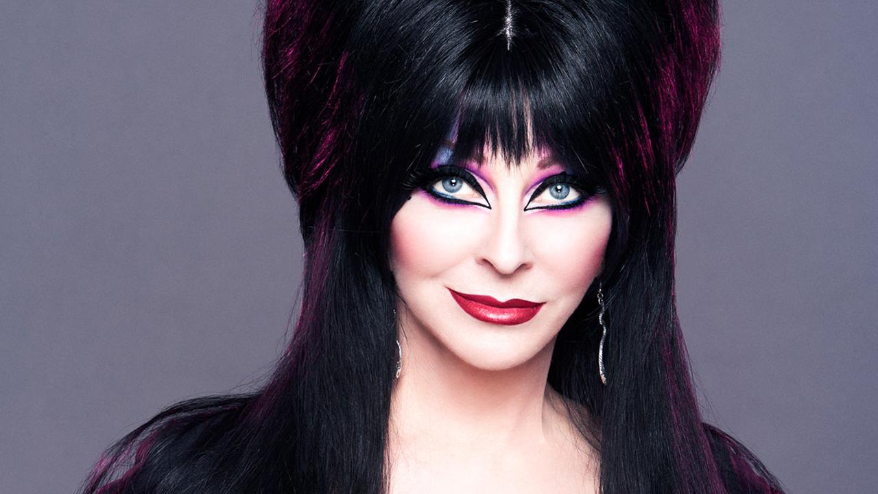 Cassandra Peterson Elvira relación mujer