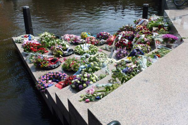 homomonument monumentos memoriales lgbt países bajos
