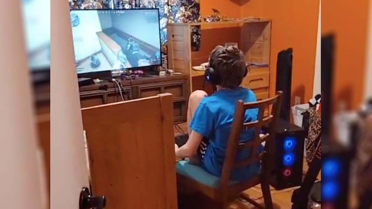 niño gamer tiktok video comunidad lgbt