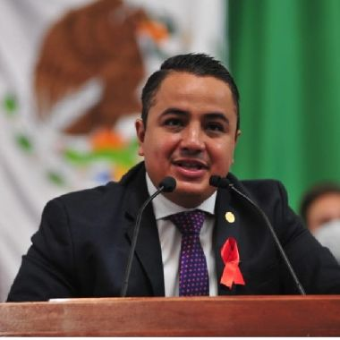Janecarlo Lozano propuso servicios de salud mental para personas con VIH en CDMX