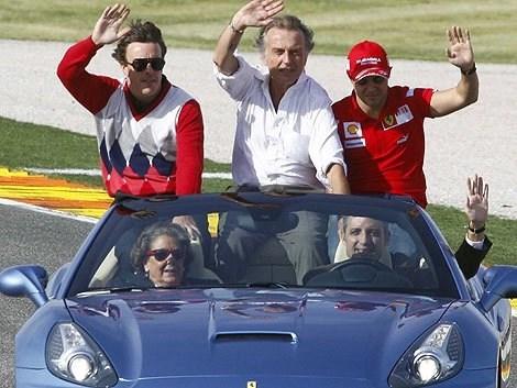 Como es conocido, sólo los portadores de Lo Serio y Lo Responsable pilotan vehículos veloces y caros