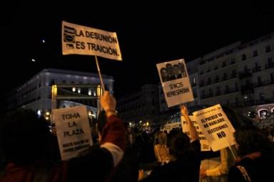 Acampan en Sol a favor del Gobierno en el aniversario del 15M