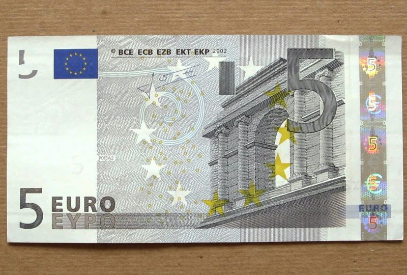 Sólo me quedan cinco euros