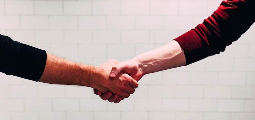La compra – venta de carteras de comunidades de propietarios entre administradores