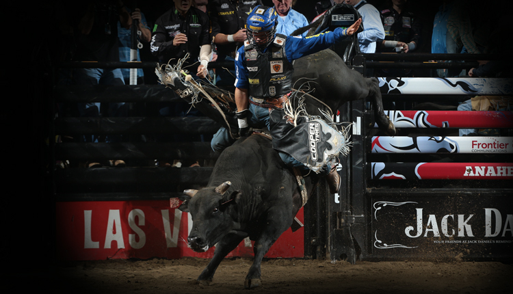 professional bull riders 2018