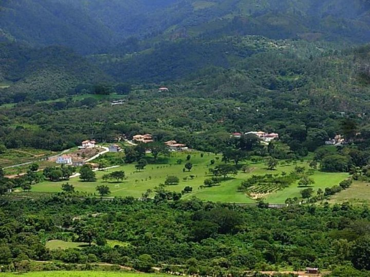 Comayagua Golf Club Hotel  Honduras Tips