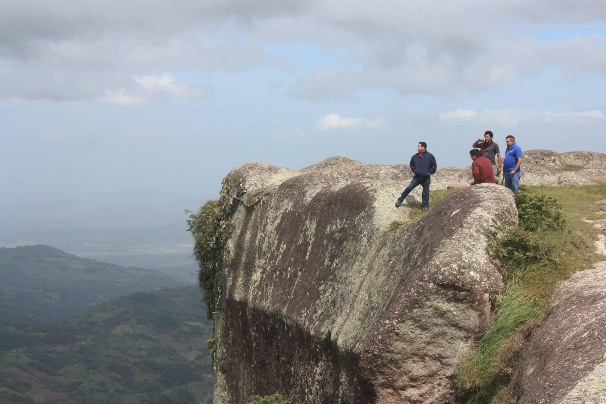 Los mejores destinos para acampar en Honduras