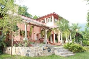 La Ceiba Hotels