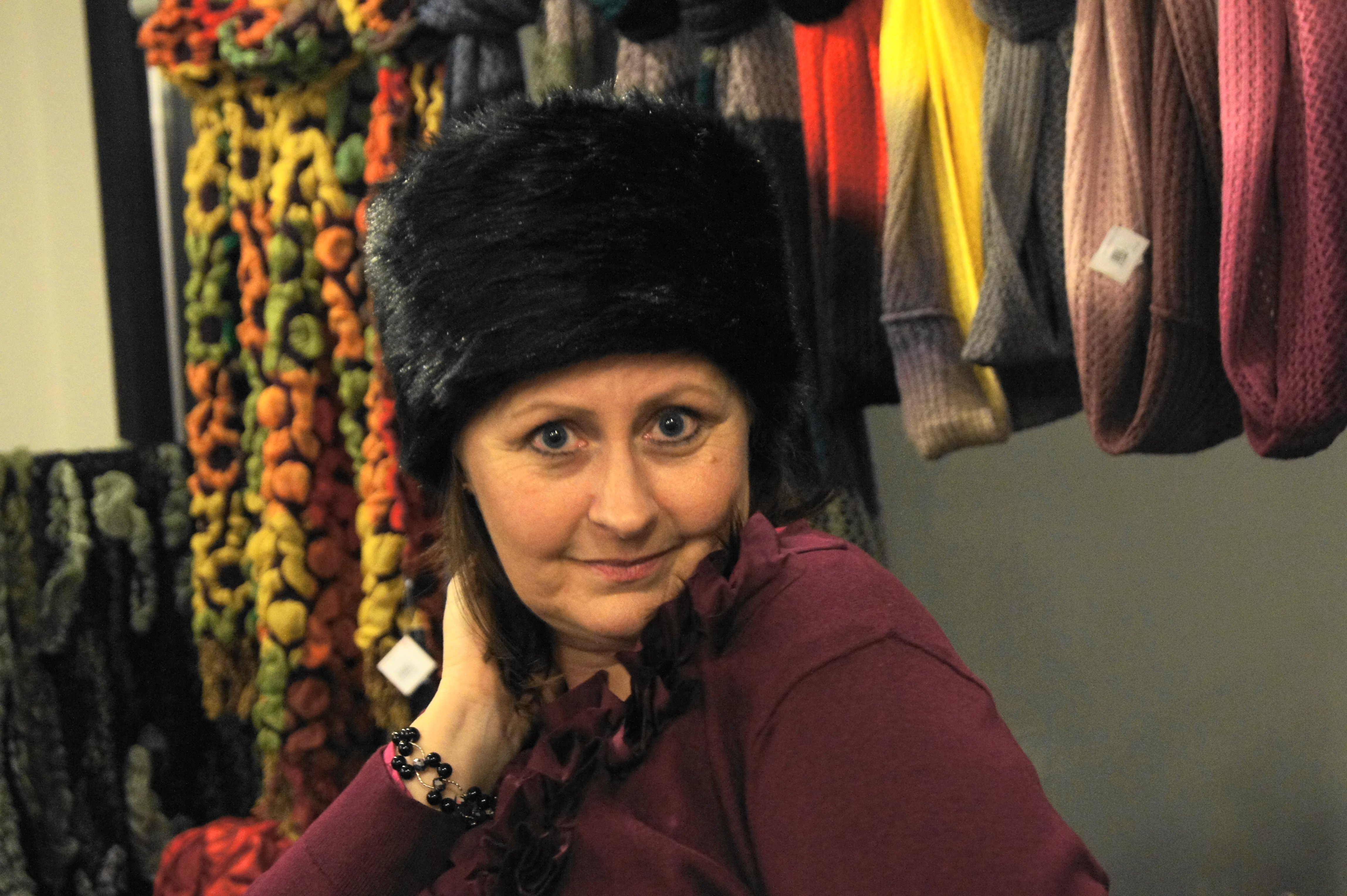 Rita rocked the mink-y hat at Dom itp