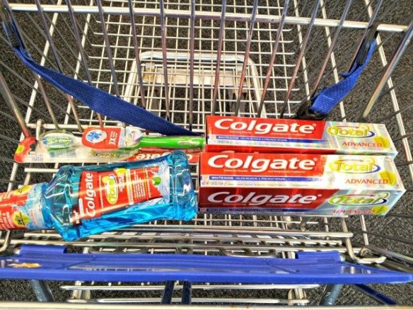 #HappyHealthySmiles start with Colgate products in my cart