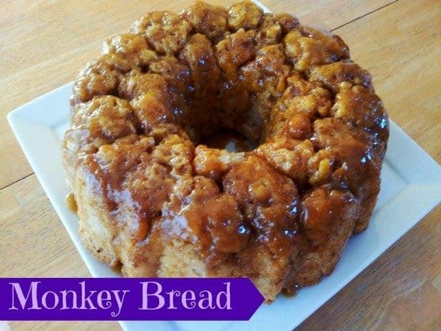 Monkey bread ready to serve