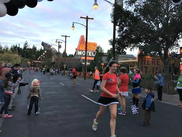 Nearing the finish line of the 2 mile Run Disney fun run at Disney Social Media Moms