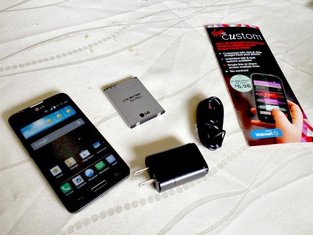 What come with your Virgin Mobile Custom phone starter kit