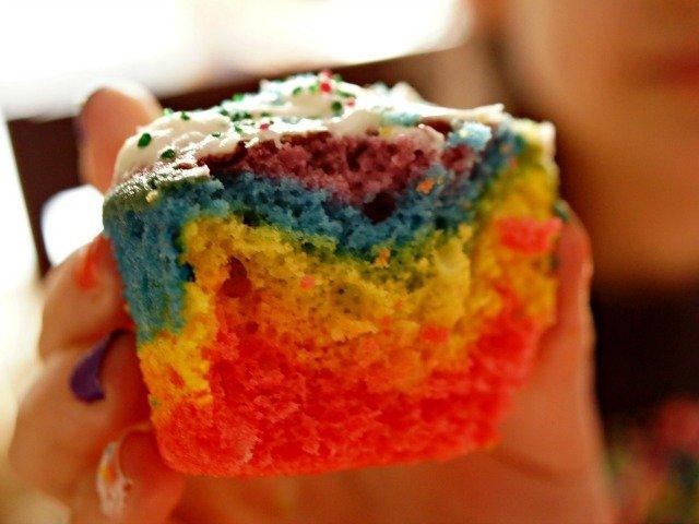 Disney spa party tie dye cupcakes
