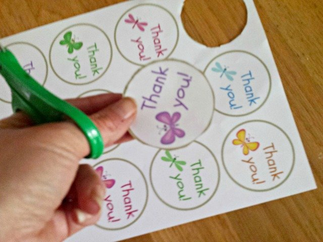 Thank you gift tag printable being cut