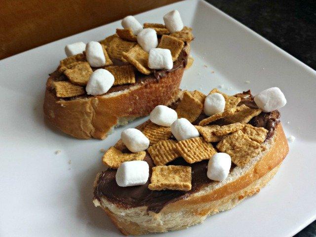 Smores Sandwich Snack Idea