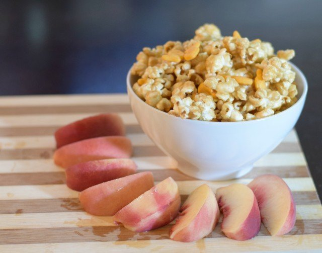 Popcorn and homemade Chicago style popcorn mix snack