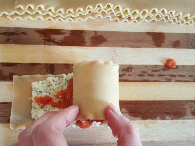 Roll up lasanga rolls gently