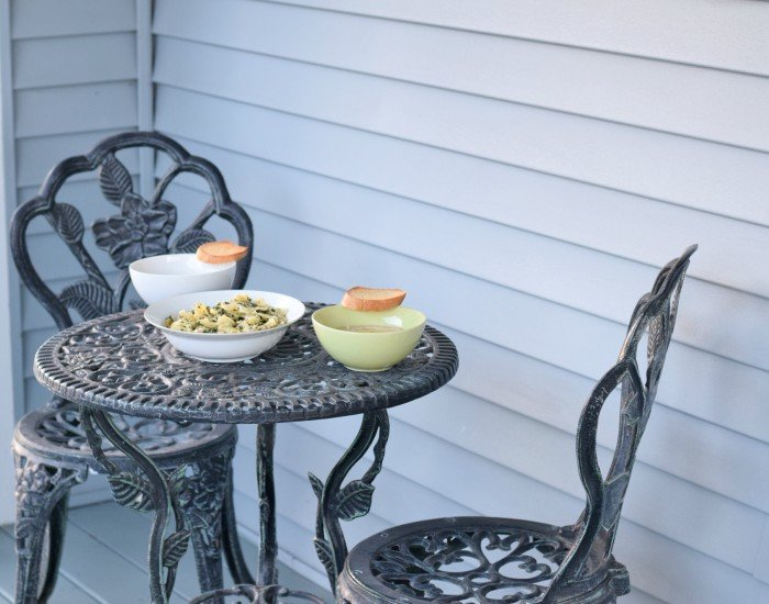 Enjoy a perfect Italian meal outdoors