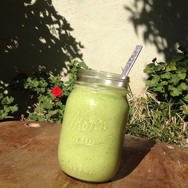 healthy and easy green smoothie recipe