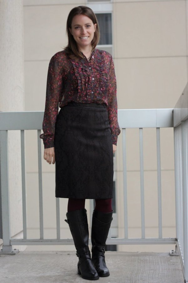 floral thrifted blouse, black pencil skirt, burgundy tights and black boots | wear to work, office | www.honestlymodern.com