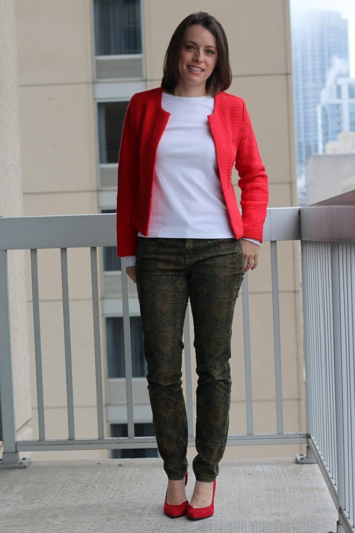 FashionablyEmployed.com | Red blazer with white shirt and olive pants, red heels | wear to work business casual, office style