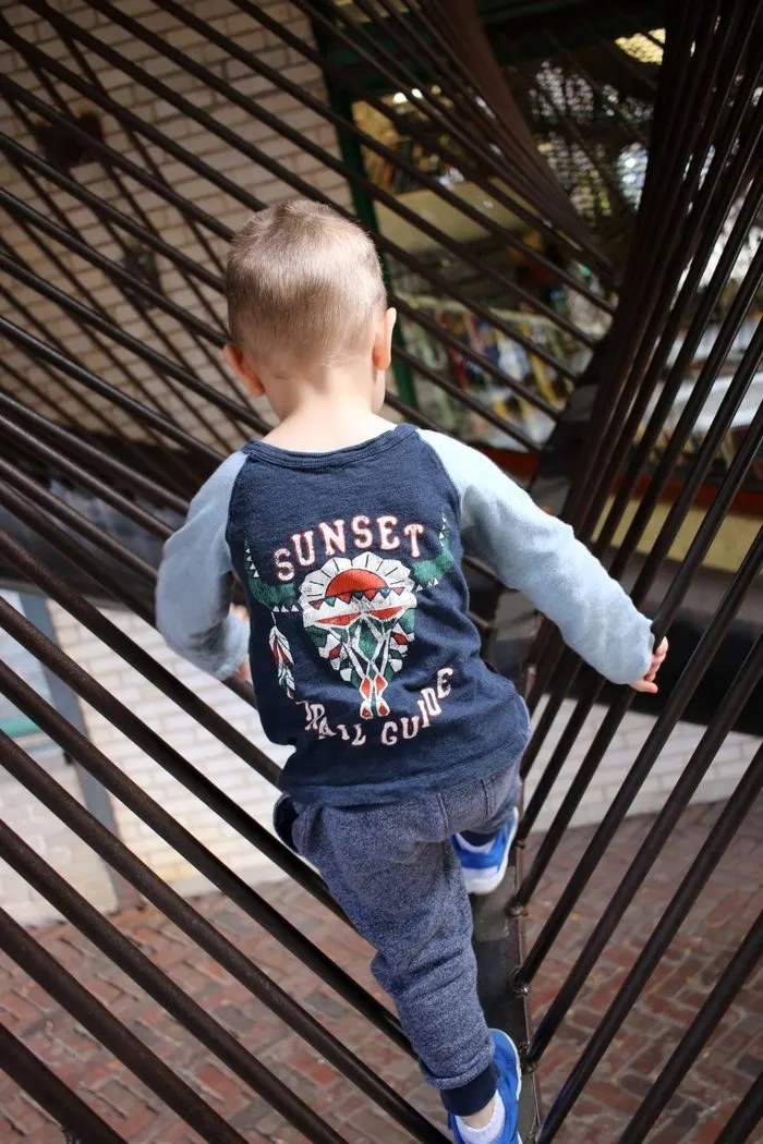 Exploring the City Museum in St. Louis | Great kid, childrens activity for locals and tourists alike