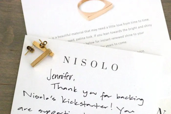 Nisolo Jewelry, a brand profile of this high quality ethically produced accessory company perfect for a socially responsible workwear wardrobe | Simple and sustainable style for modern professional women