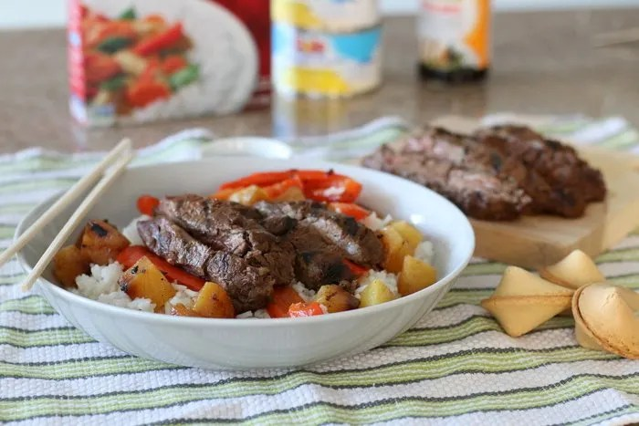 Need an easy idea for an asian-inspired family dinner? Try this for a perfectly grilled, indoor meal that's perfect anytime of year!   FashionablyEmployed.com   Practical and sustainable life and style for modern professional women
