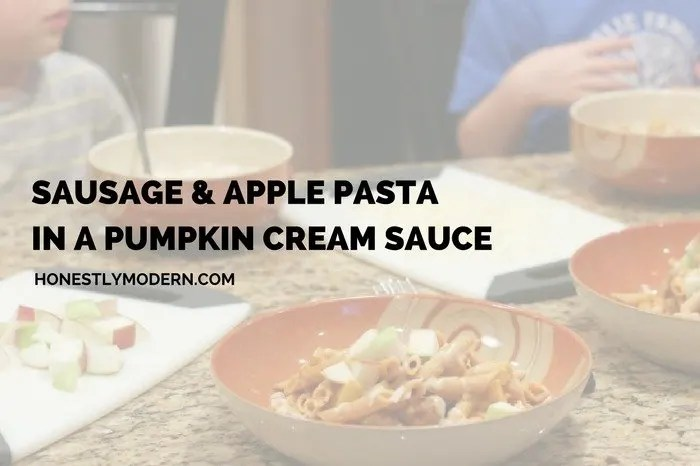 Sausage and Apple Pasta in a Pumpkin Cream Sauce: Perfect for fall (or any time of the year)! Click through for the recipe!