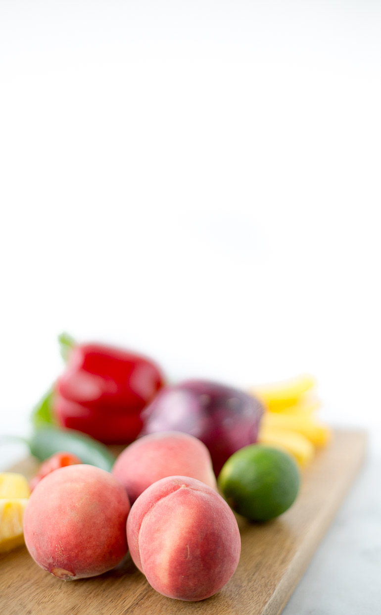 Honestly Nourished Healthy Peach Mango Salsa | www.honestlynourished.com