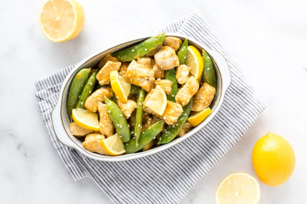 Paleo Snow Pea Chicken Stir Fry with Lemon Garlic Sauce {gluten free + dairy free + soy free}