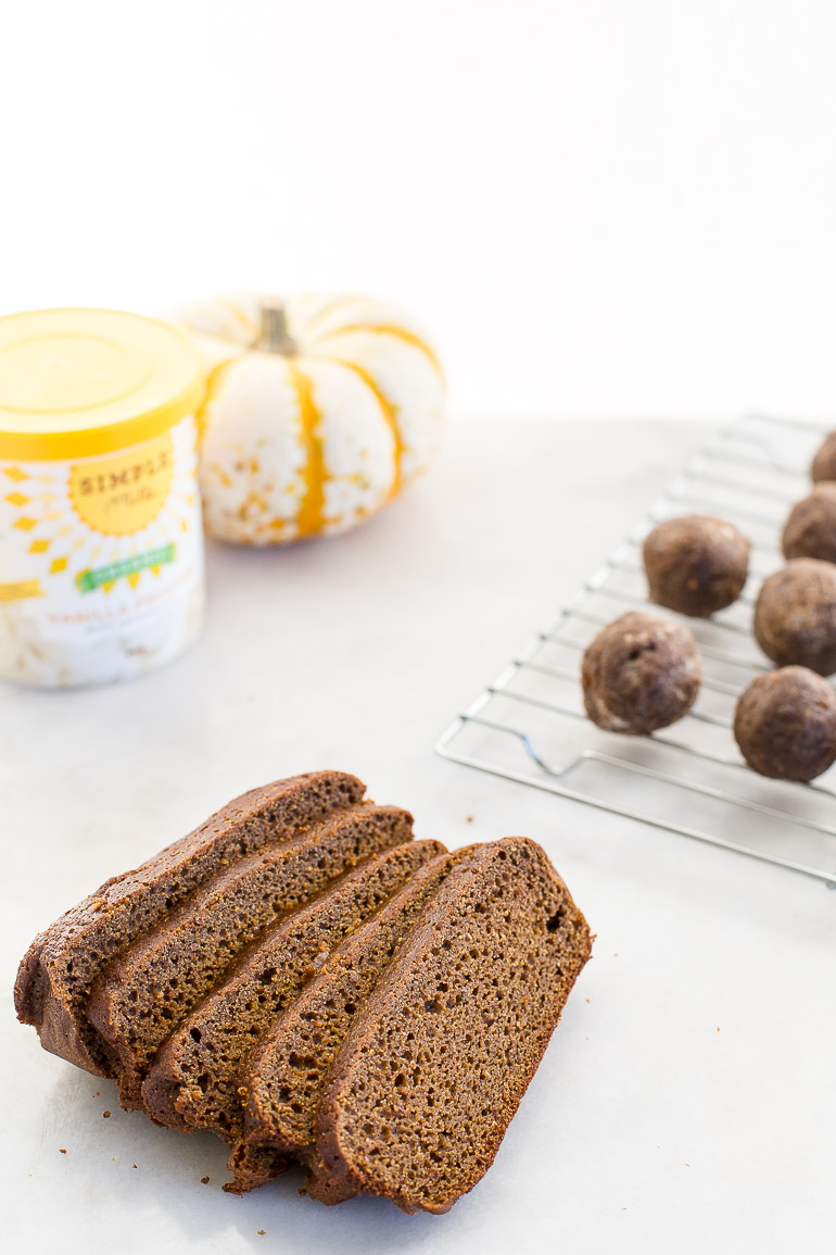 Paleo-Pumpkin-Spiced-Muffin-Mix-Truffles-Honestly-Nourished