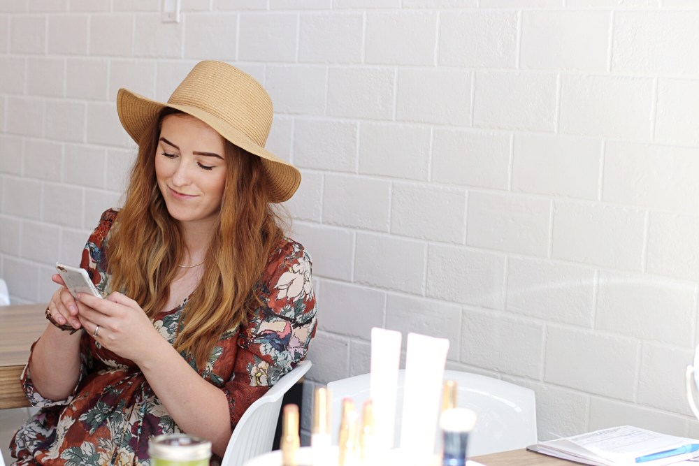Beauty blogger BeautyCounter Edmonton Consultant