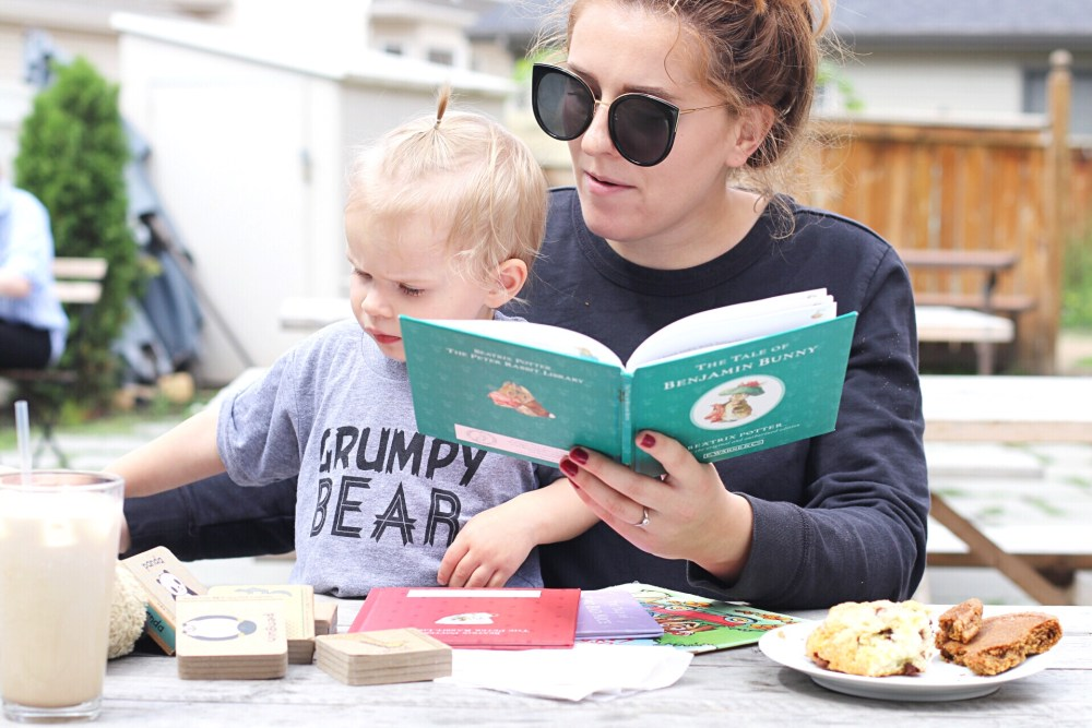 Teaching words and reading skills for toddlers