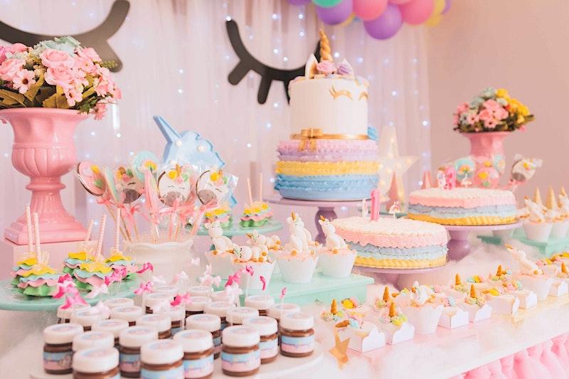 Cute pink candy buffet ideas unicorn birthday party