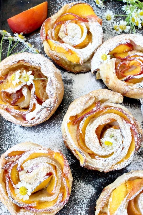 Fresh-Peach-Dessert-Recipe-with-Mascarpone-and-Puff-Pastry