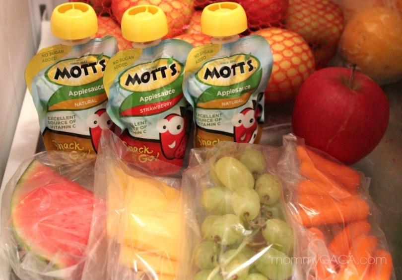 Lunch snacks, Mott's Snack and Go Applesauce Squeeze