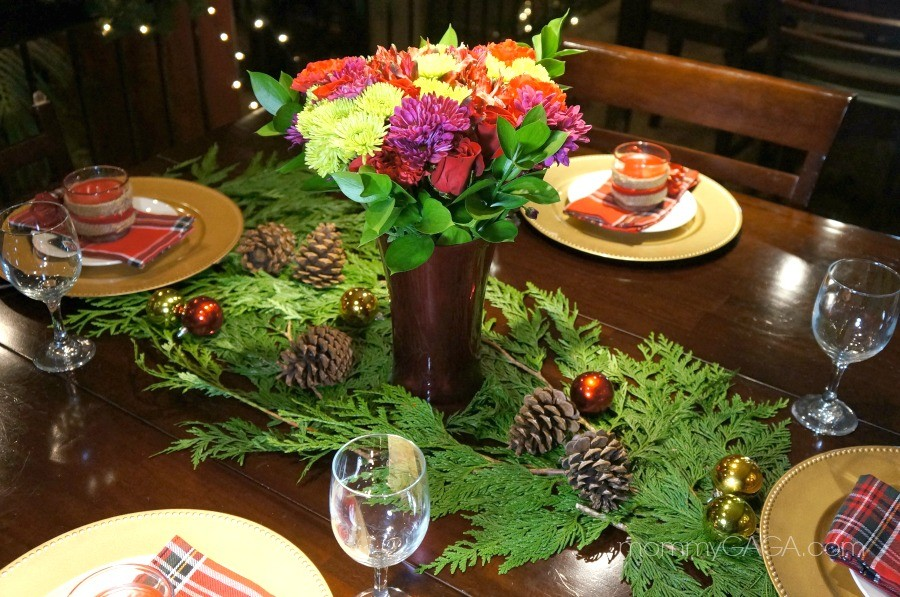 Simple Holiday Home DIY Christmas Dinner Table Decoration