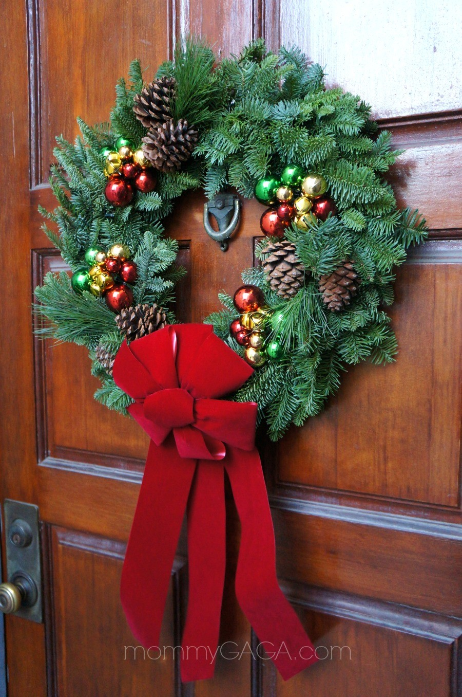 Simple Holiday Home Decorating The Front Door Entryway With A Festive Christmas Wreath  Honey