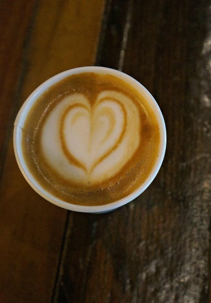 Coffee Mocha Latte Heart Art - Cafe Cuatros Sombras