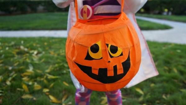 Halloween Trick or Treat Pumpkin