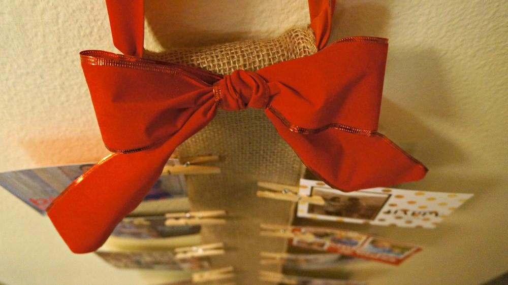 How To Display Holiday Cards DIY Burlap Wall Christmas