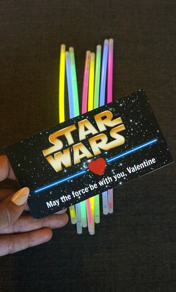 How to make Star Wars printable Valentines cards - fun lightsaber Valentines for school