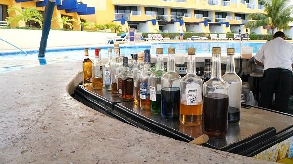 MELIA Cozumel Resort Adults pool bar