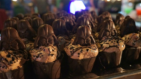 Disney's Hollywood Studios, Darth Vader cupcakes at the Symphony in the Stars dessert party