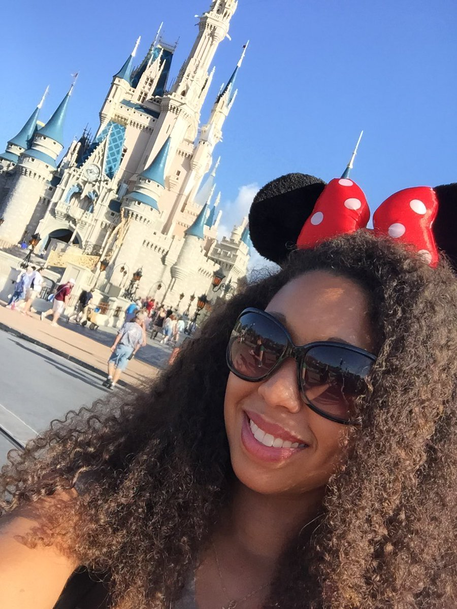 Disney's Magic Kingdom Theme Park, Deanna Underwood selfie in front of Cinderella Castle